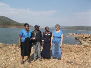 Joyce, Solomon, Winny och jag, undervisarteamet.